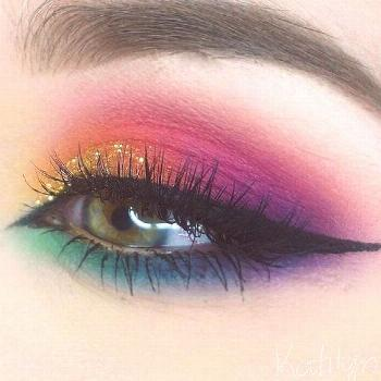 New Trends of 2019 Colorful Eye Makeup & Best Products for Colorful Eye Makeup Source by lissadawn8